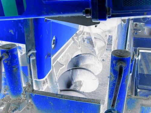 screw-blu.jpg