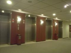 28.龍堡酒店:電梯間