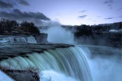 Niagara Falls photo by Markhenderson81