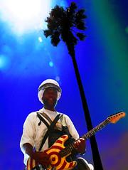 Harry Perry, Venice Beach Guitar Dude photo by Paul Zollo