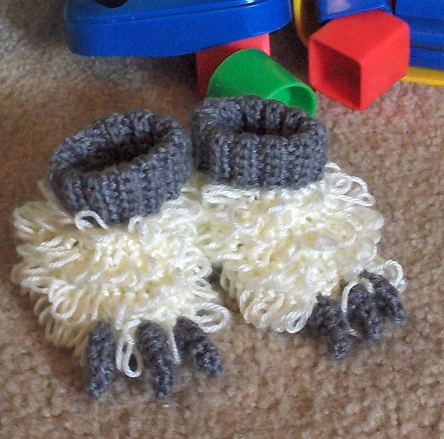 Crochet Bunny Slipper for Children - Crafts - Free Craft Patterns