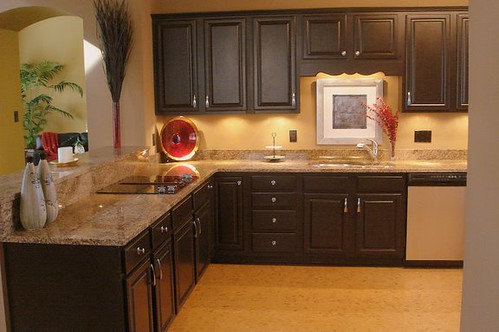 Beautiful kitchen colors with oak cabinets