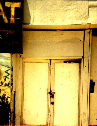soWat door