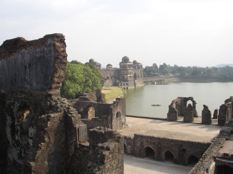 The ruins at Mandu - Web-site quality photo