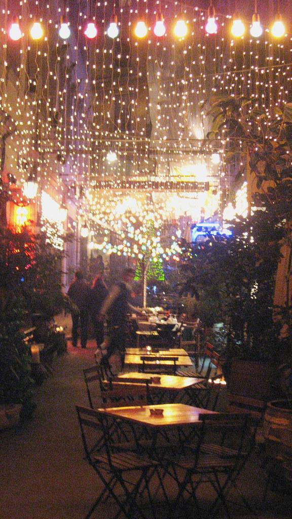 café en el barrio de Tünel