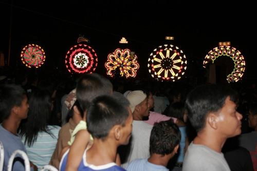 Giant Lantern Festival 2006 - 53