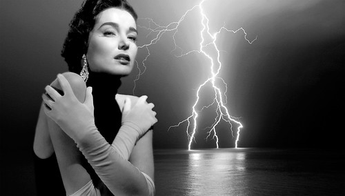 Julie Adams photo by horlo