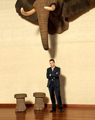 Pablo Ardila y un elefante