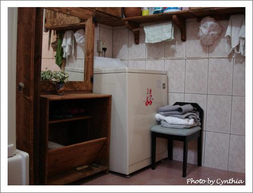 美滿學姐的浴室之2