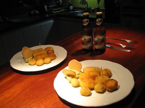 Croquetas morunas y cl�sicas con hummus