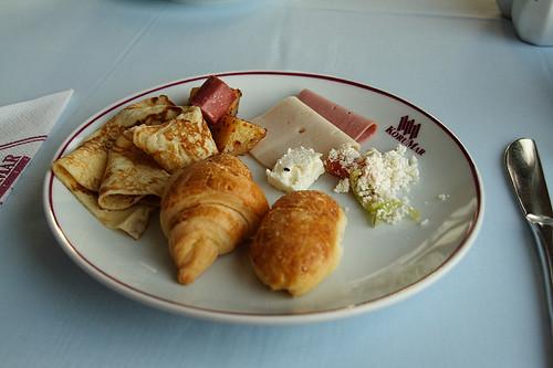 KORUMAR Hotel Breakfast