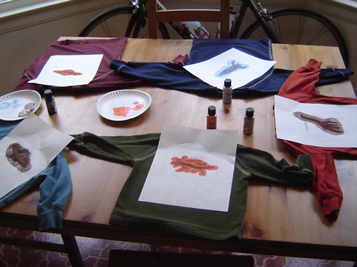 stenciling t-shirts with freezer paper