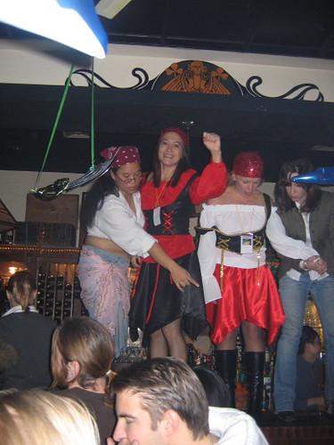 bar_dancing_1