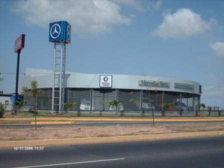 Fachada MB Camiones de Guayana, Concesionario Mercedes Benz y Freightliner
