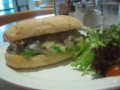 swiss mushroom melt sandwich (by kapsi)