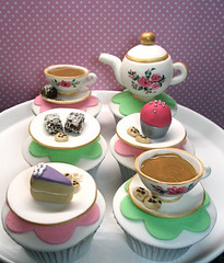 Teapot/teacup cupcakes photo by Creative Cakes by Julie