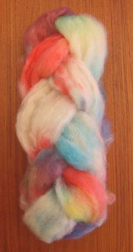 Lincoln lambswool dyed in primary colors