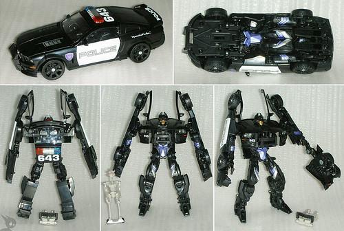 Barricade como juguete en Transformers la pelicula