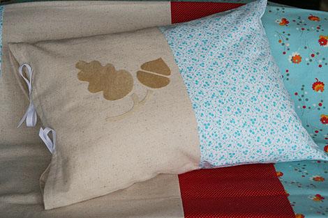 acorn pillow + quilt