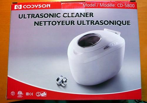 超音波清洗機的盒子,拆箱照就不必了吧。