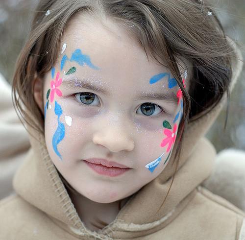 Painted face - Inga María