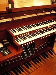 Practice room organ