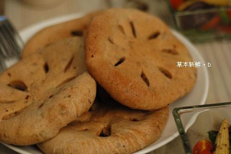 三肥媽自製的現烤麵包,超好吃。