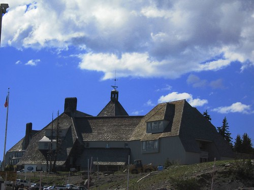 Side view of Timberline Lodge