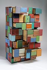 estanteria de libros con libros