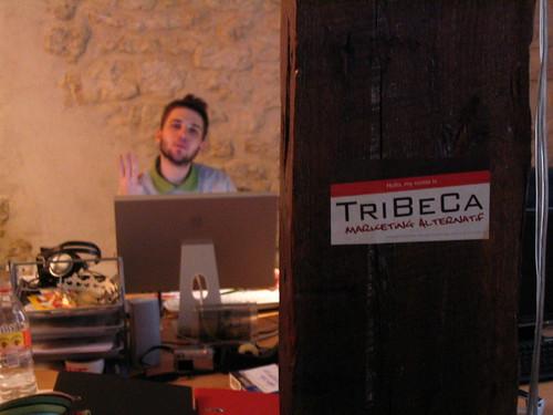 ipub jean-julien guyot carte postale publicitaire TRIBECA Paris