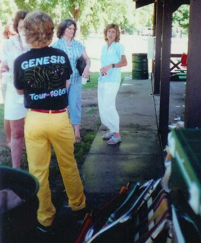 Yellow-pants-80s-cary-001
