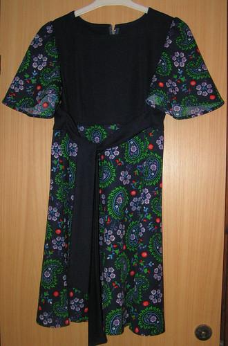 Mammas klänning.