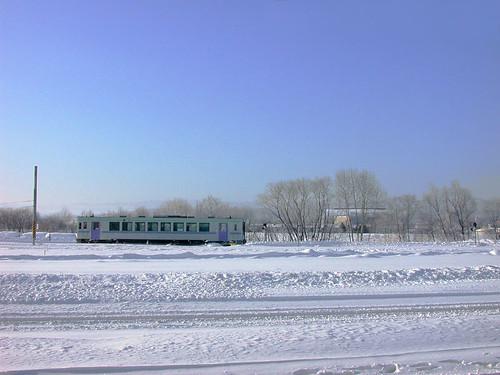 5686 雪地上的火車