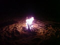 Lägereld på stranden