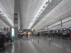 64.香港赤臘角機場出境大廳