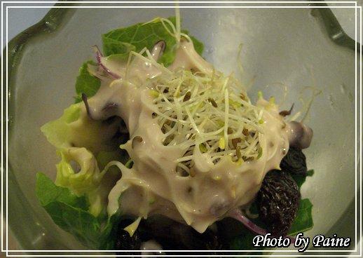 藍梅醬佐生菜沙拉