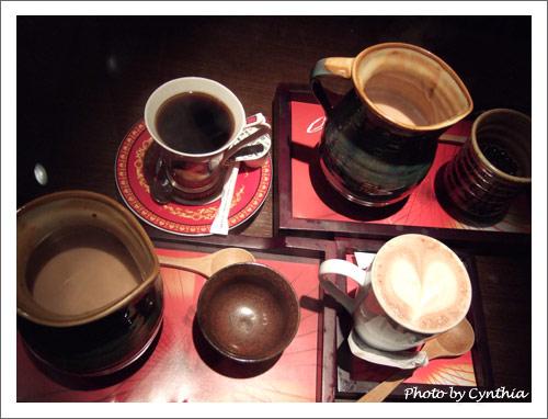 火山咖啡(虹吸)、珍珠奶茶、榛果奶茶、巧克力奶泡泡
