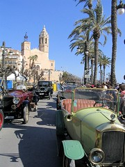 Vintage cars in Sitges photo by . SantiMB .