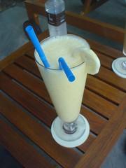 32.游泳時喝的香蕉芒果冰沙
