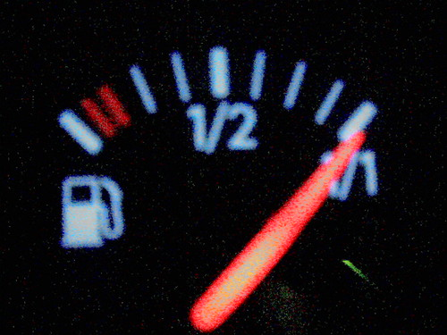 Metaphor of KPIs usefulness: fuel level indicator