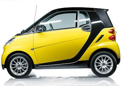 yellow:blk smart fortwo (by AndrewNg.com)