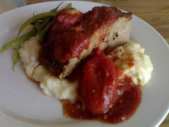 Meatloaf at Diner - Roland in Vancouver 892.jpg