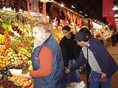 Dalam Pasar kat La Rambla, Barcelona, Spain