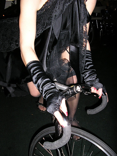 Frau + Fahrrad
