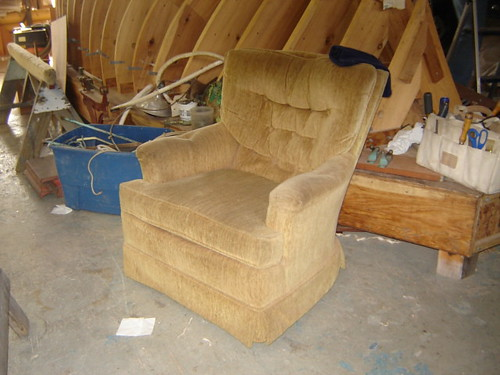Moaning chair