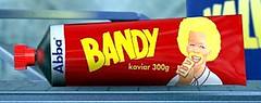 klicka för en större tub med Bandykaviar