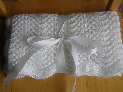 feather and fan blanket 4
