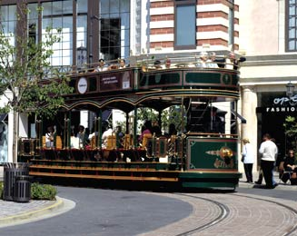 Grove Trolley, Los Angeles