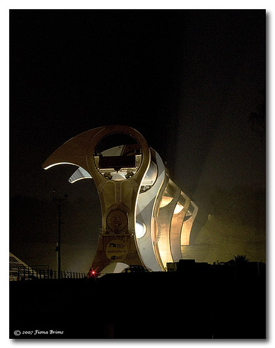 Falkirk Wheel (by FionaBrims)