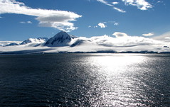 41 Antarctica mountains seas and clouds 2078v1 photo by arzzed